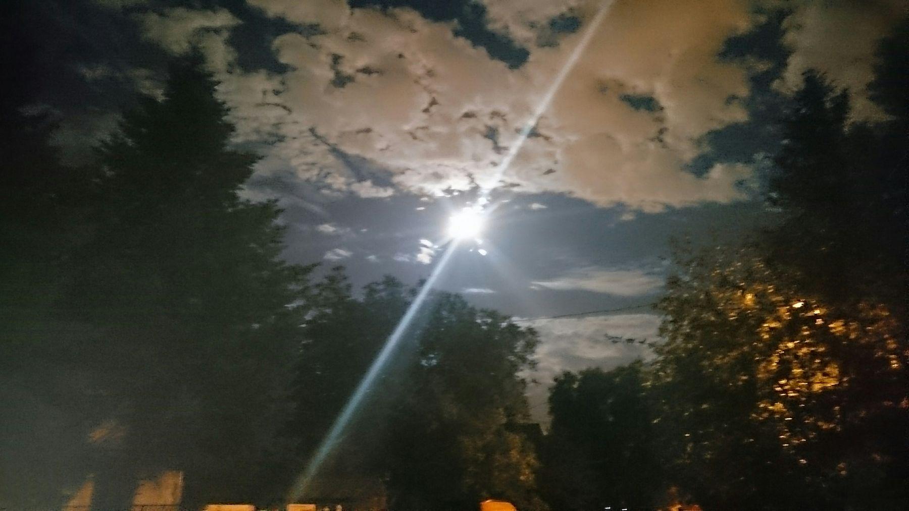 No Edit/no Filter Nightphotography Moonlight special side of light