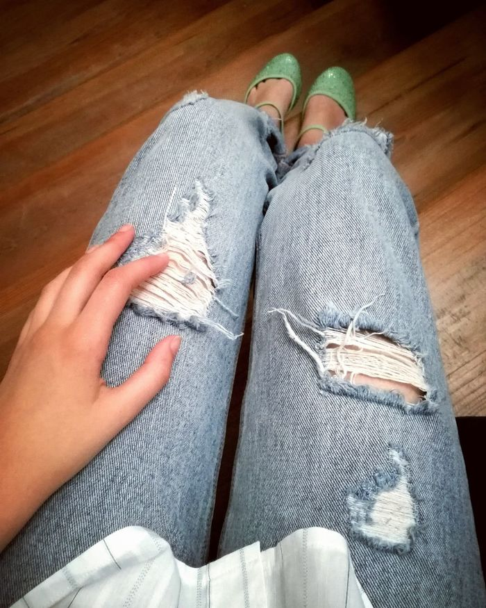 Jeans Indoors  Lifestyles Human Leg Close-up EyeEmNewHere Waiting For Someone Green Shoes Destroyed Jeans  Detail Stairs