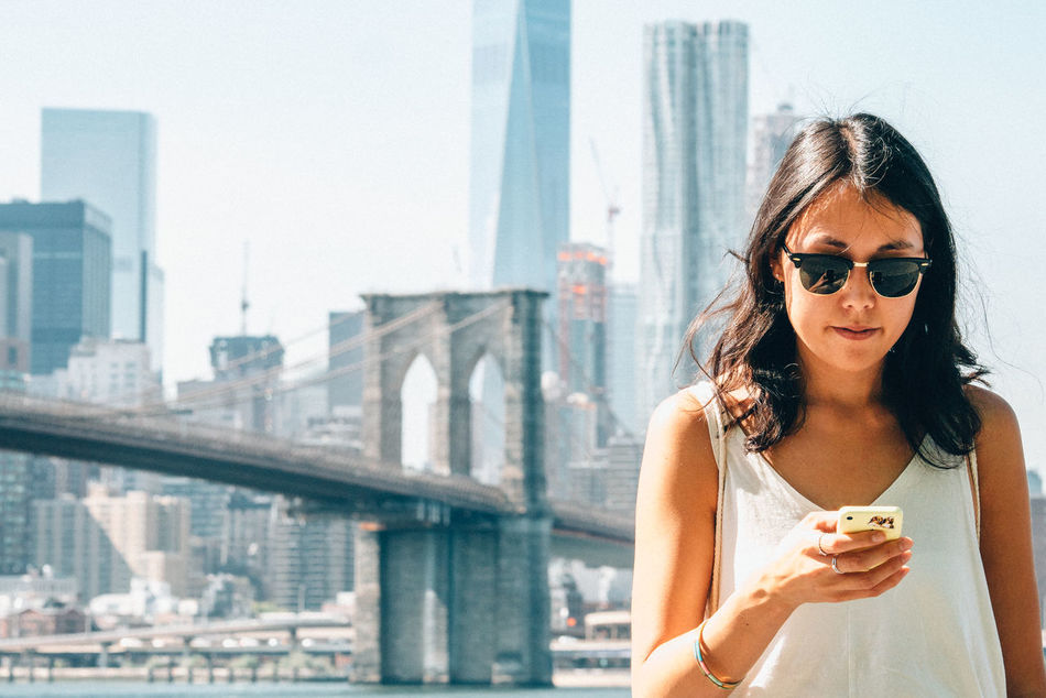 Beautiful stock photos of new york, 25-29 Years, Brooklyn Bridge, Capital Cities, Casual Clothing