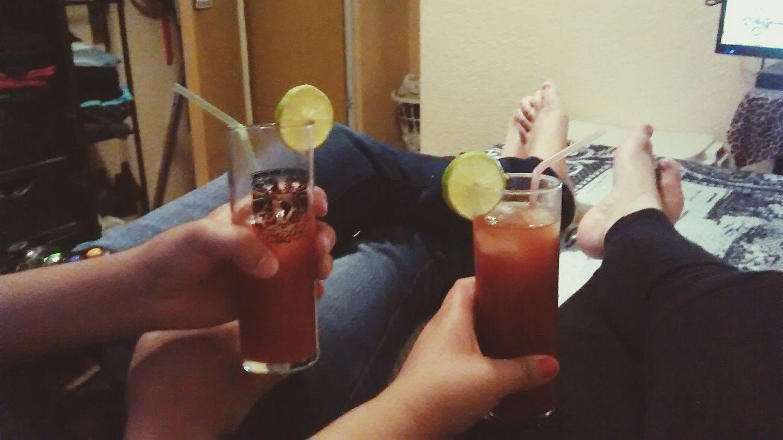 Jueves de Vodka con Clamato Roco