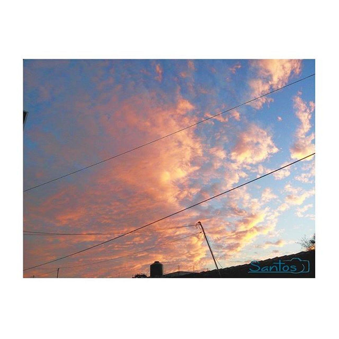 Hoy el cielo está de fiesta te extraño Abstract Art Love Instagood Igerschiapas Ig_chiapas Evocachiapas Viewmex Nature Beginnersmx Momentosmex Ig_color Paisajedfeño Ig_captures VSCO Vscomexico Vscocam Chiapas Instamoment Coverphoto Instamexicanos Icu_mexico Igerscdmx Instacool Pic photoart