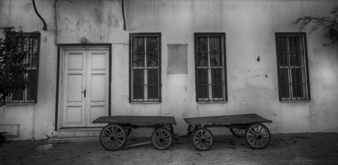 Architecture Black And White Blackandwhite EyeEm Gallery House Streetphoto_bw Streetphotography Window