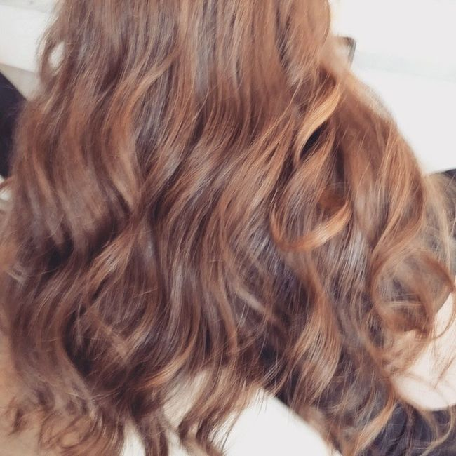 Straight long heavy hair. I wanted to create volume with soft waves... Patricialynnlaas PatriciaLynnLaasHairCo Blowoutoftheday Blowout curls