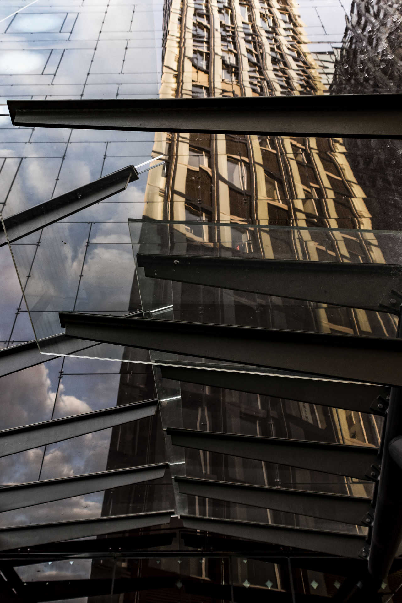 reflections Architecture Arcor Hotel Building Exterior Built Structure City Day Fassade Glass Low Angle View Modern Modern Architecture No People Outdoors Reeperbahn  Reflections Sky Skyscraper Tanzende Türme
