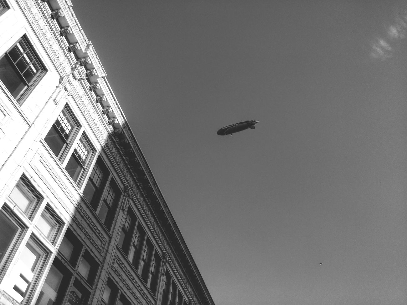 Buildings & Skygood year blimp Pittsburgh Enjoying Life Jft Taking Pictures Cityscapes Photography