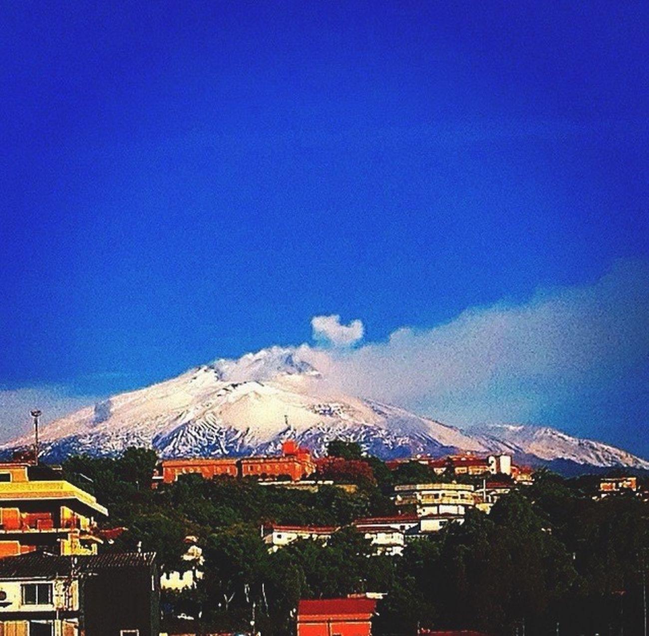 "La bellezza da ""Muntagna""🌋🌞😎❤️ buongiorno mondo! Taking Photos Hello World Enjoying Life Check This Out Relaxing Mountains Giornata"
