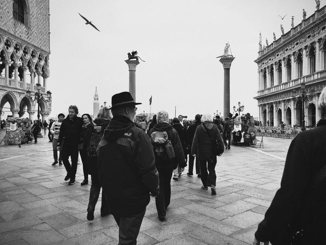 Visual Witness The Street Photographer - 2016 EyeEm Awards People Watching Hipstamatic Shootermag Showcase: May Streetphotography ShotoniPhone6s Hipstography My Own Style Of Beauty EyeEm Traveling Around The World EyeEm In Venice Blackandwhite