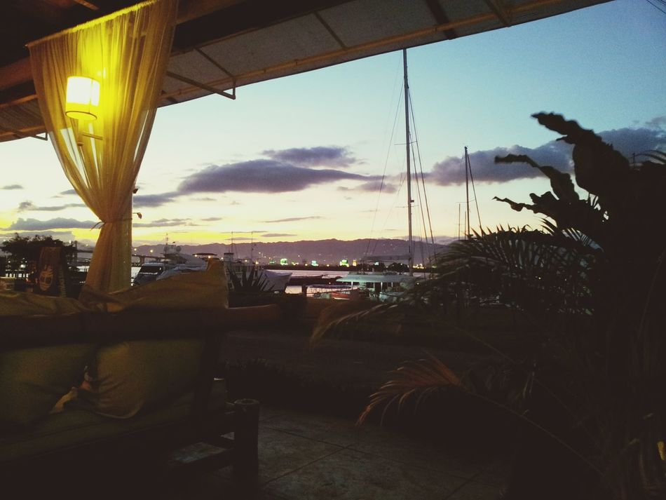 Such a perfect place to dine and relax at the same time. Sunset Baybridge Dinner At Bayside