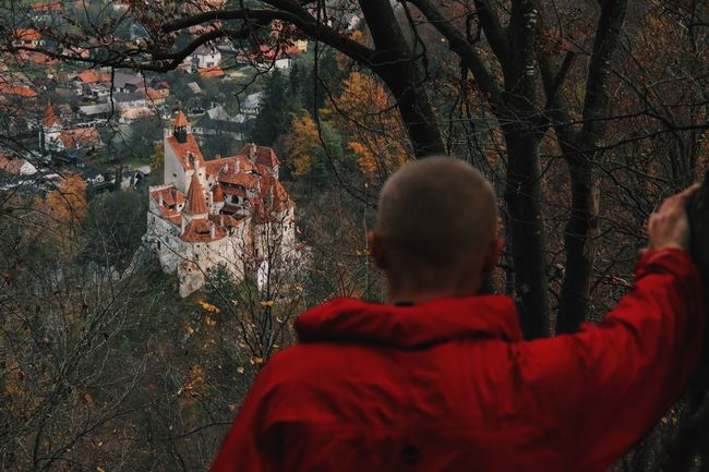 High ground ( a view from above of Dracula's Castle from Bran, Romania)... Taking Photos Eye4photography  Enjoying Life Vscocam Traveling Made In Romania Nature Outdoors EyeEm Best Shots Relaxing Having Fun Hello World Hanging Out Check This Out Architecture