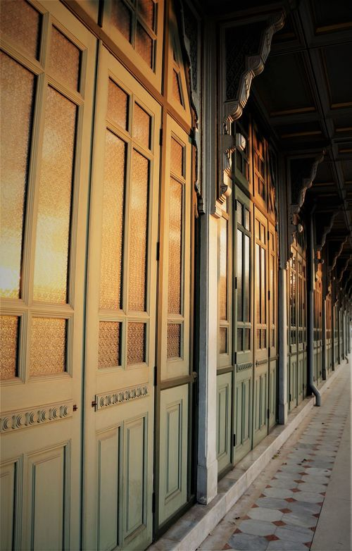 Sunset at Phyathai Palace Doors Thailand Architecture Building Exterior Built Structure Day Indoors  No People Sunset Thaiarchitecture Window