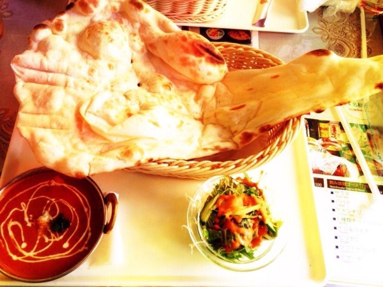 カレー ナン ナンでかすぎ シーフードカレー サラダ Curry