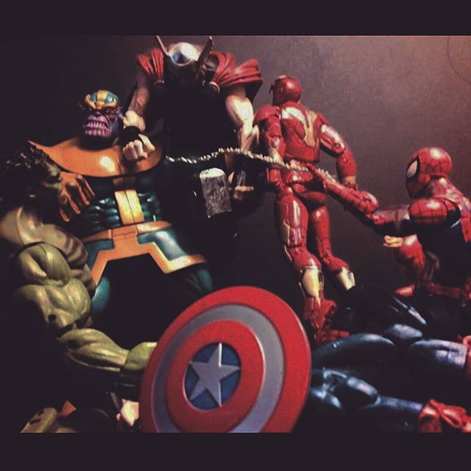 """Earths mightiest heros?,bah what a joke!"" Marvellegends Marvelselect Infinitywar Infiniteseries Thanos Madtitan Hasbro Figurecollection Figures Spiderman Disney Mcu Tonystark Captainamerica Thehulk Ironman Thor  Theavengers Avengers Amazingspiderman Comics Spidey Articulatedcomicbook Nerd Marvelentertainment actionfigurephotography infinitygaunlet actionfigures"