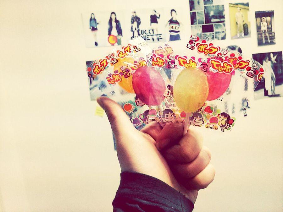 야자끝나고 집 왓더니 언니가 책상위에 사탕을 살포시올려놨네요 맨날 혼내는데 이럴땐 참..♡ Sister Love Candy Oh! Yeah!!!! Daily Life