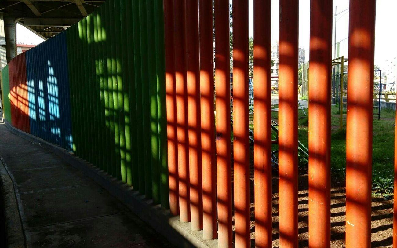 Dando El Rol esa mezcla de Luz Y Sombra  Colores estas tambien son las Calles En Ruinas Mexico City Popular Photob Ligth And Shadow