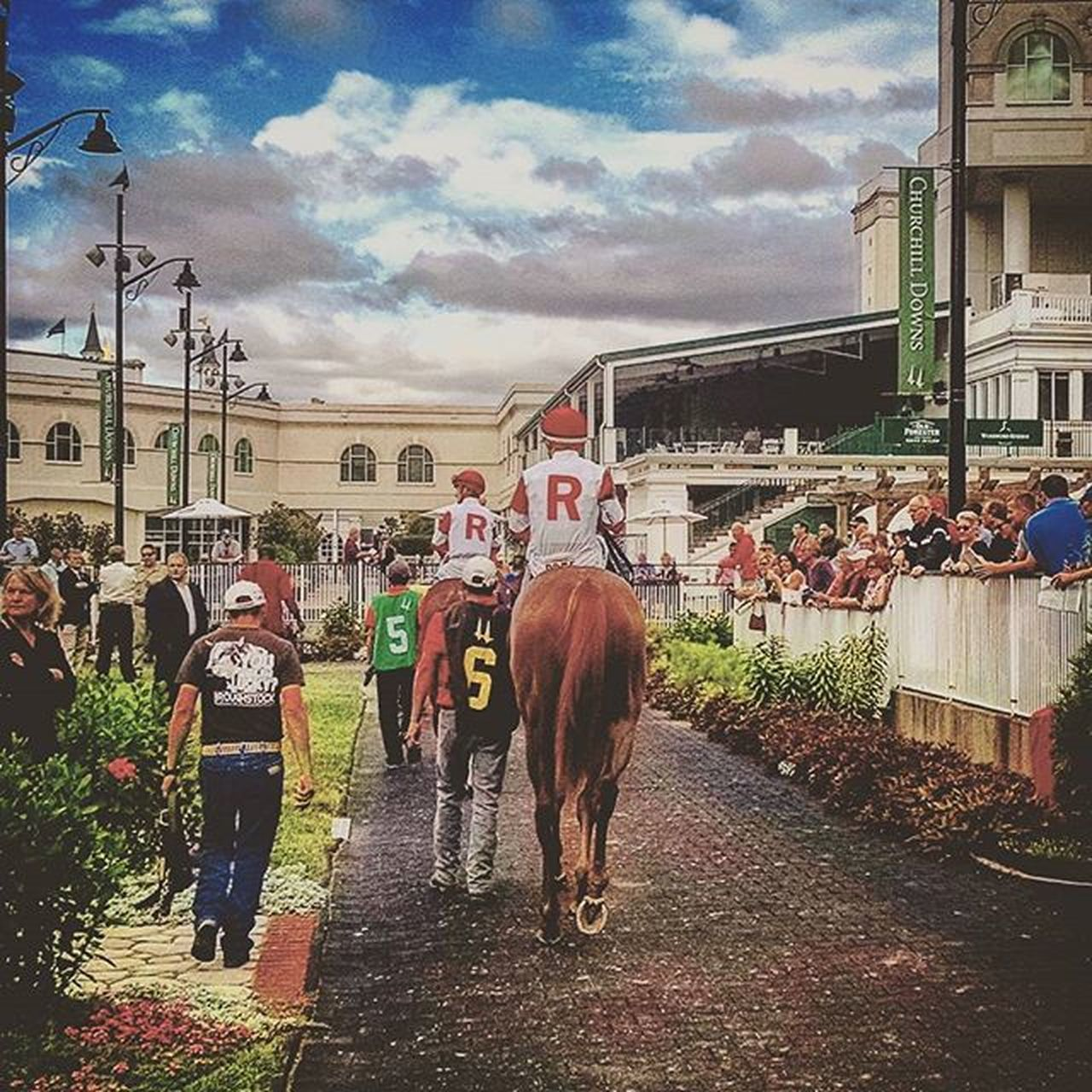 Gotta love that big red R! Churchhilldowns Ramseys RamseyFarm Thoroghbred Thoroghbredracing Selfie Fall Autumn Louisville Kentucky  Selfies