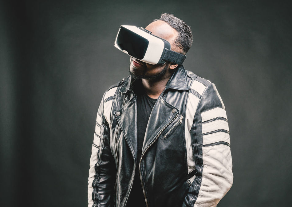 Adult Adults Only African Cool Cool Guy Cyberspace Futuristic Large Format Leisure Games Men Oculus Rift One Man Only One Person Only Men People Portrait Rift Studio Shot Virtual Reality Simulator Vr Vr Gear