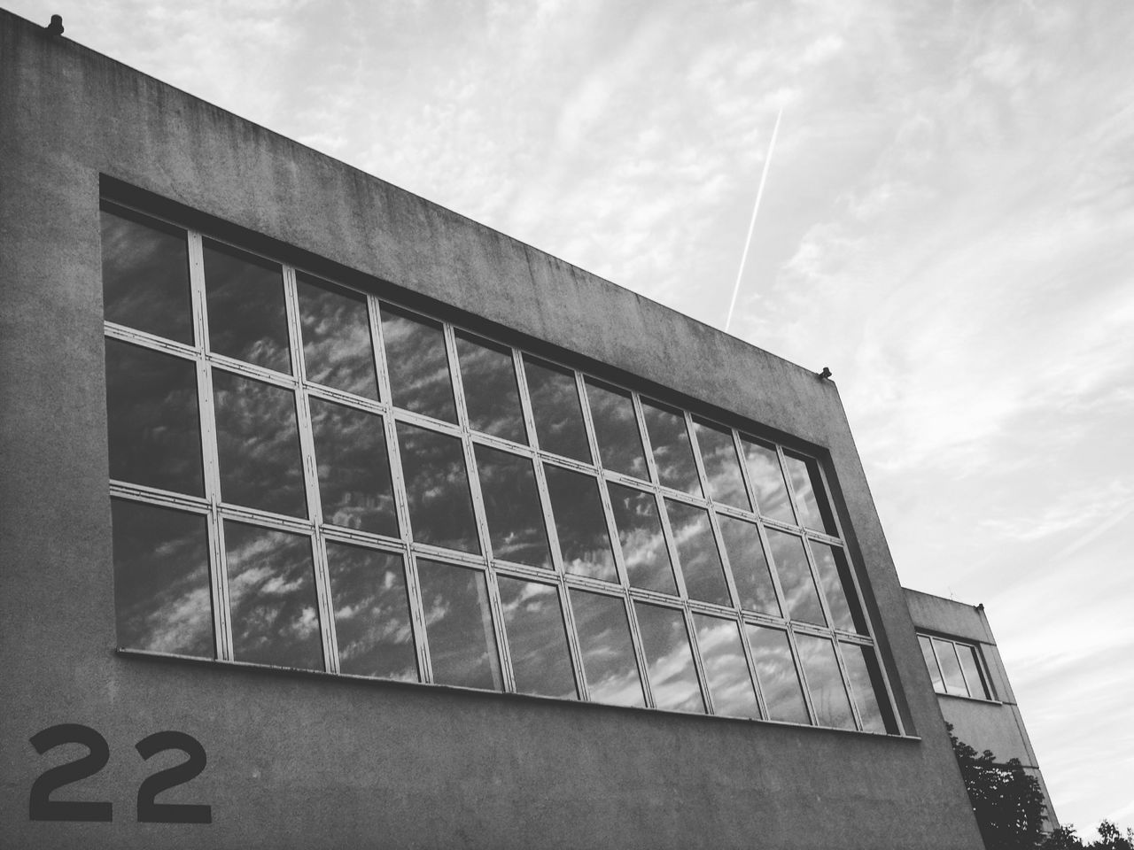 Clouds 22 - MAinLoveWithClouds and Reflection Architecture Glass Windows Glass Reflections Clouds Sky Clouds And Sky Architecture_collection Architecture_bw Monochrome Black And White Black & White Bnw How I See The World - 29.09.2015
