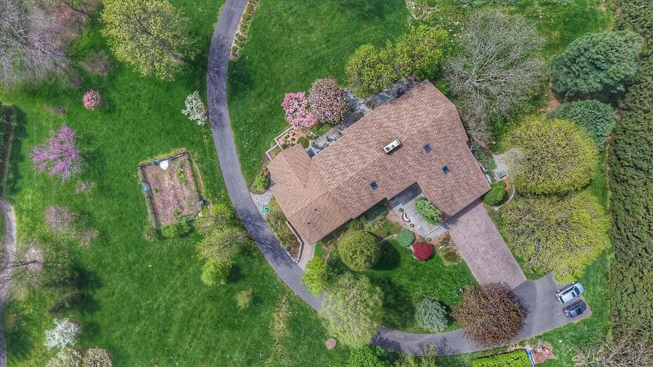From above High Angle View Green Color Outdoors Architecture Aerial View Building Exterior Drone  Dronephotography