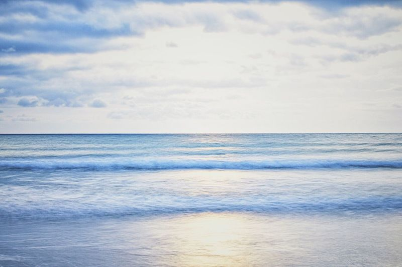 Sea Horizon Over Water Scenics Water Sky Beauty In Nature Tranquil Scene Tranquility Nature No People Outdoors Day Beach