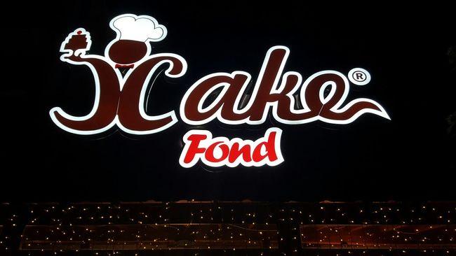 Gece gece dondurma 😎 Pastane Gececekimim Benimgözümden Amatorluk Affedin Cake Board Night Dark Light Red Word Logo Icecream Fond