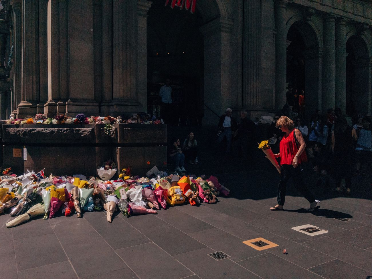 Today, the people of Melbourne gathered at the Bourke Street mall to grieve. Streetphotography Streetphoto_color Streets Of Melbourne Procamera Adobelightroommobile Mobilephotography ShotoniPhone6s IPhoneography MelbournePhotographer People Watching VSCO Reportage Bourke St - Melbourne
