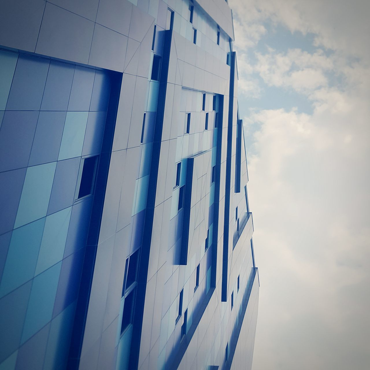 architecture, building exterior, built structure, window, low angle view, modern, blue, sky, no people, day, outdoors