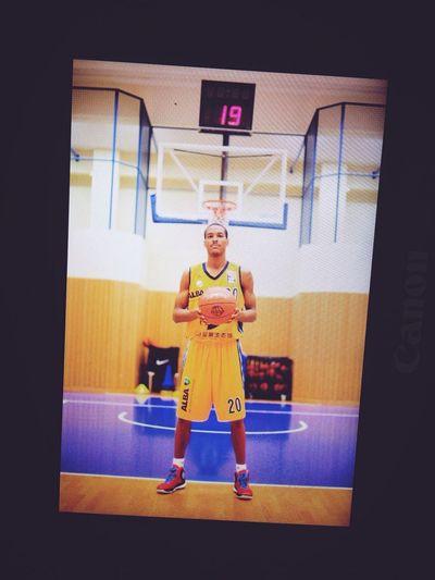 Alba Berlin Renfroe Basketball 20