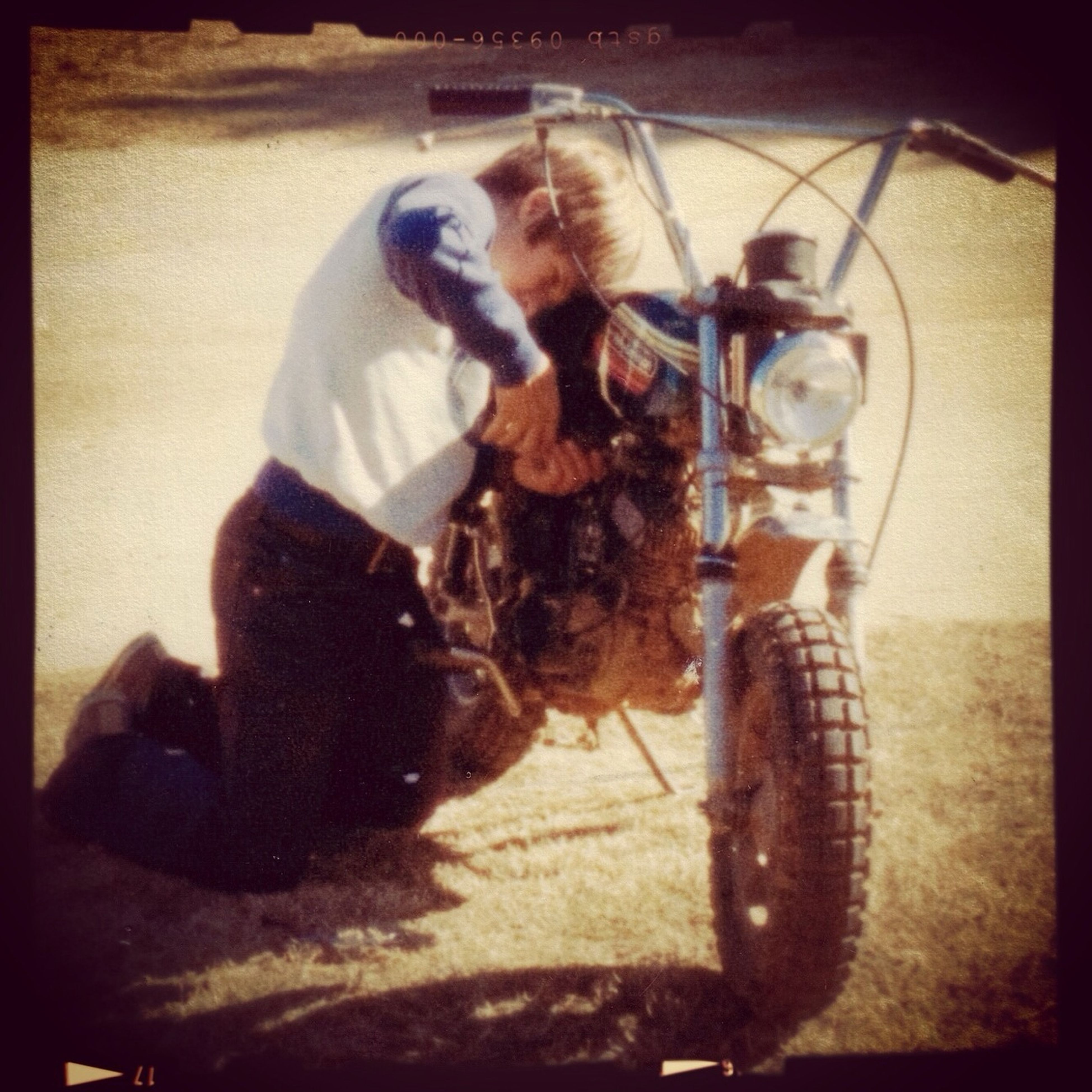 Working on my Harley Davidson X-90 in Texas 1973 Hanging Out Vintage Harley Davidson Motorcycles