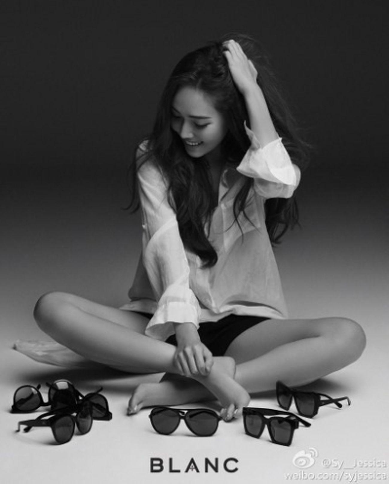 Jessica of Girlsgeneration has created a brand-Blanc.블랑 GirlsGeneration Jessica Street Fashion Street Style