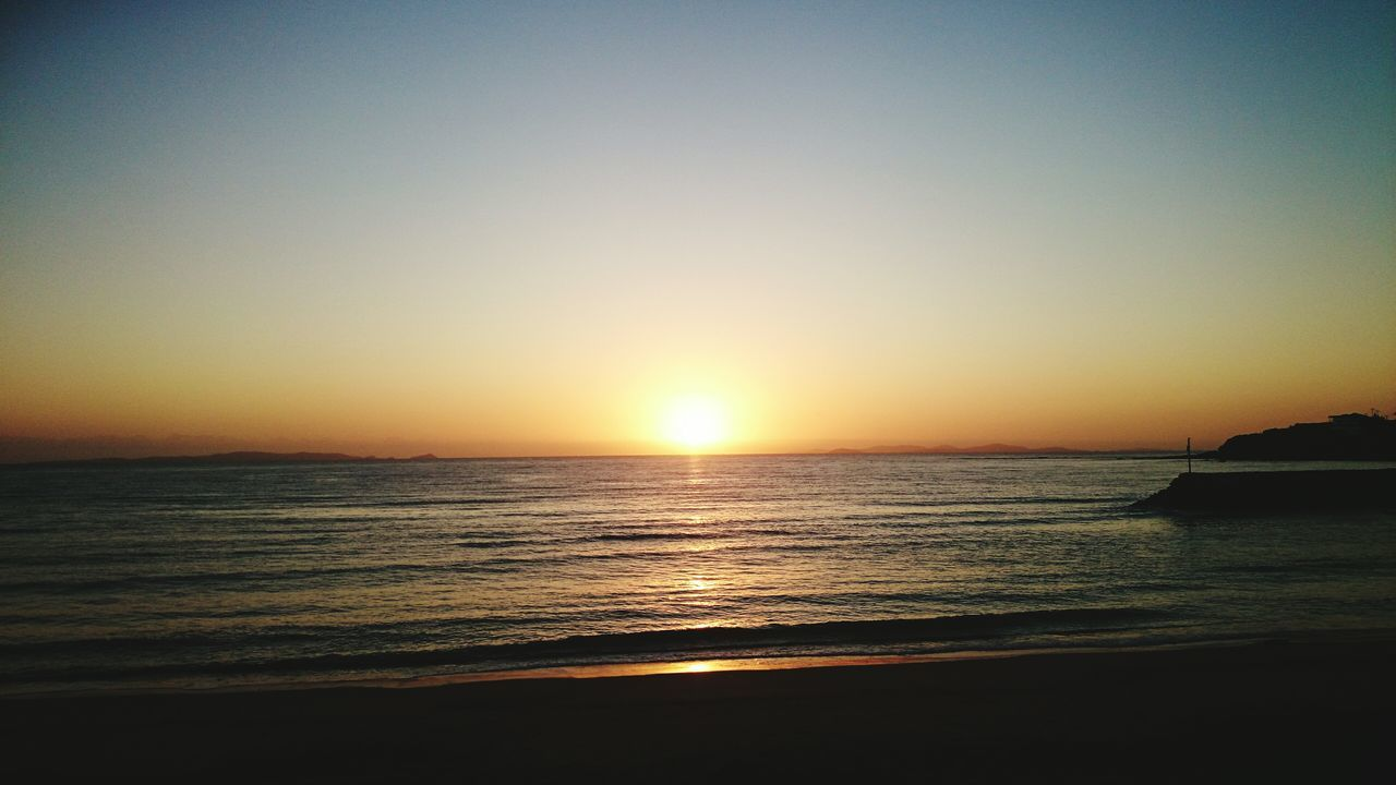 Perfect sunrise over Yeppoon main beach 👌 Sunrise Beach Morning Sun Yeppoon Sky Ocean Sand Horizon Over Water Horizon Enjoying Life Relaxing First Eyeem Photo
