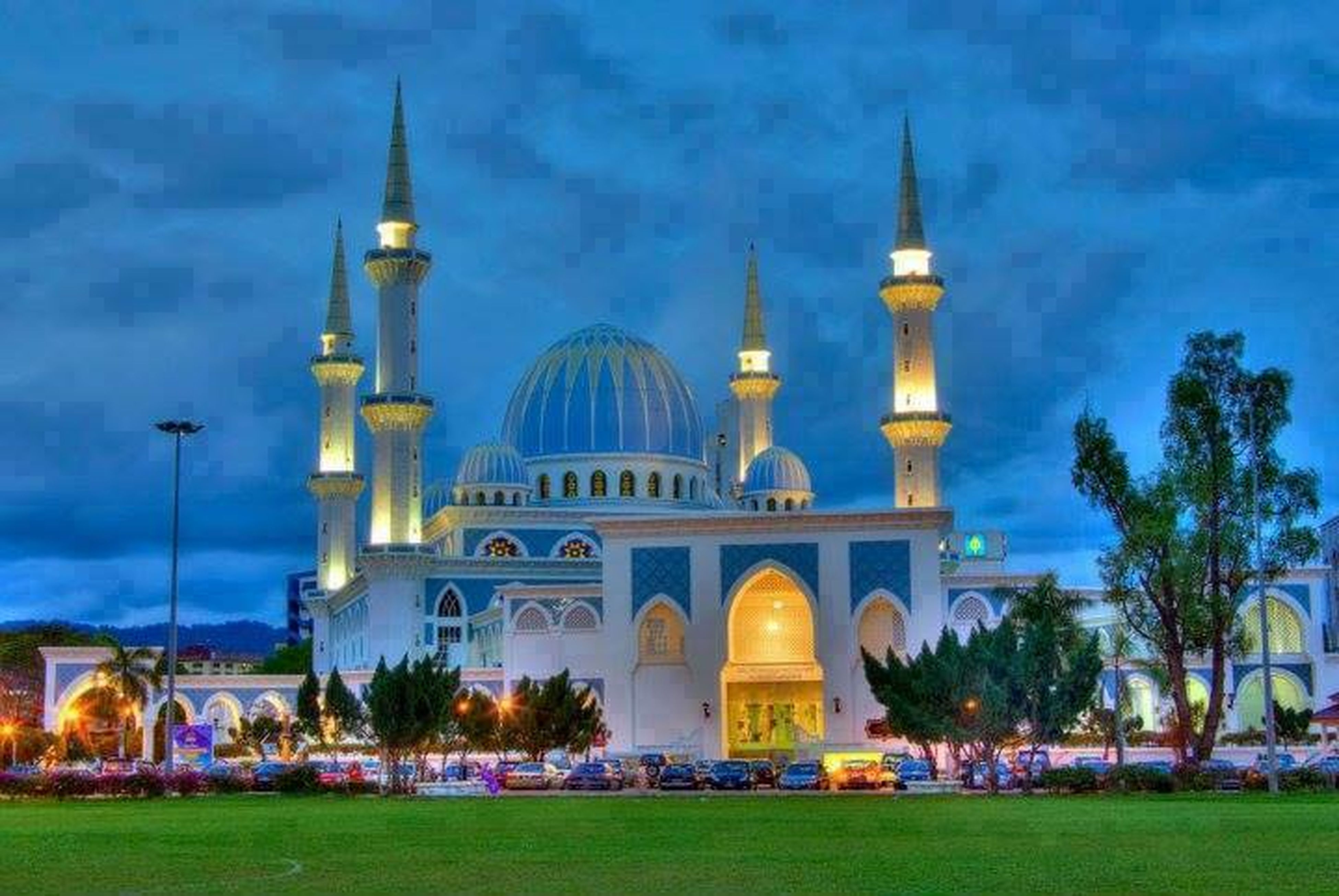 architecture, built structure, building exterior, dome, place of worship, religion, church, spirituality, grass, sky, mosque, islam, travel destinations, blue, tree, famous place, tourism