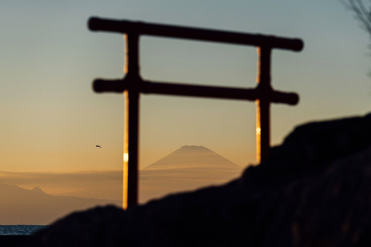 Mt Fuji A Bird TORII 🗻 ☀️ Sunset Mountain Sky Silhouette Spirituality Beauty In Nature (null)Evening Sky Atomosphere Sky And Clouds Seaside Hayama Kanagawa Kanagawa,japan January January 2017
