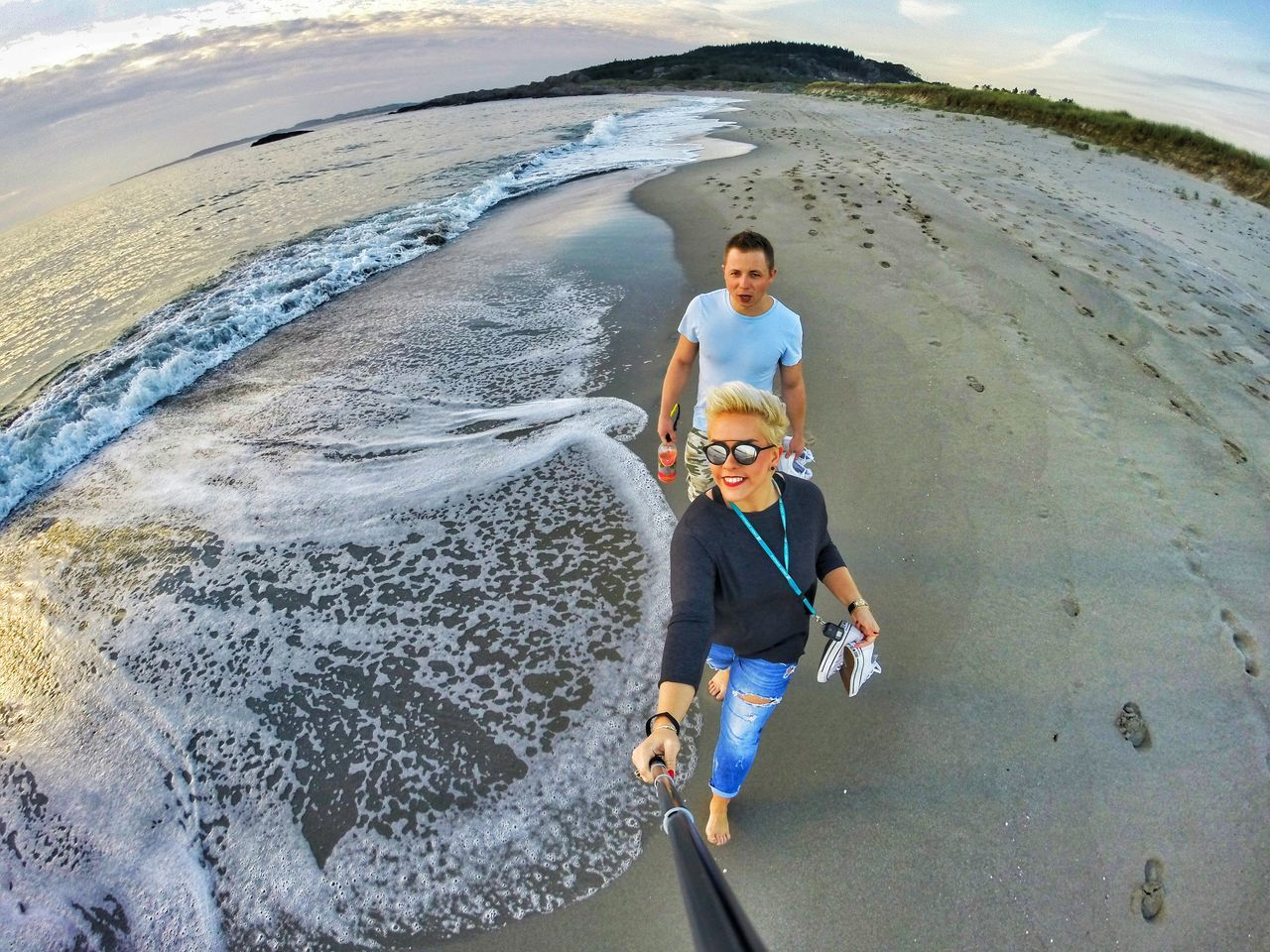 People Outdoors Vitality Happiness Polishpeople Lovers Together Everywhere We Go Is A Phootoshoot Eyemphotography Goprophotography Traveladdict NorwayTourism Gopro Norwaynature Beachtime Beachlovers Lovelifelaugh