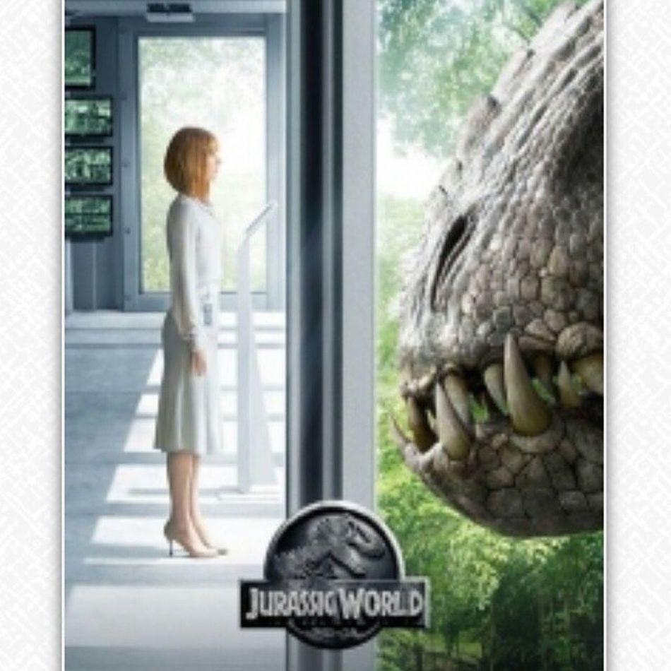 就算被恐龍追著跑也要跑得時尚:D Jurassicworld SamEdelman Brycedallashoward Movies