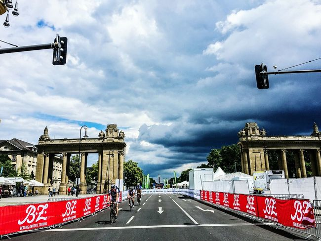 Architectural Detail Building Velothon Velothon Berlin Tiergarten Berlin Street Photography Berliner Ansichten Berlin Photography Bycicling Sky And Clouds Sky_collection Skyporn Competition