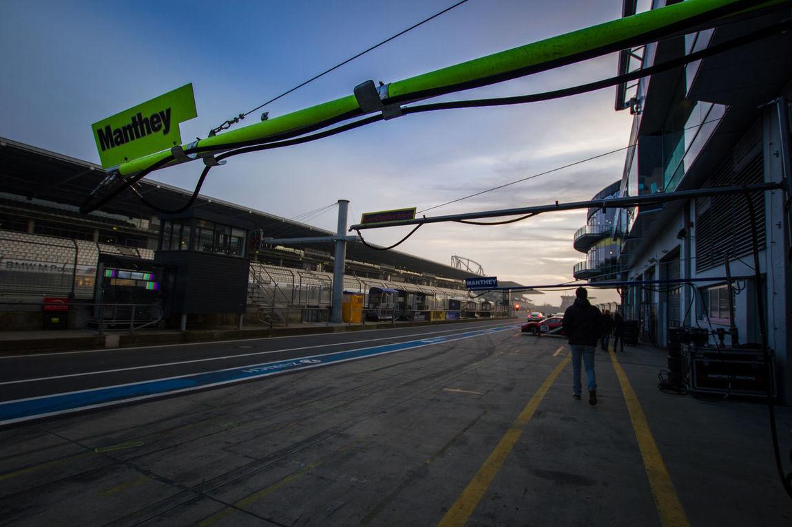 Boxengasse Germany Good Day Nordschleife Nurburgring Nürburgring Racetrack Pits Porsche Porsche GT3 Racecar Racetrack SLS AMG Tire