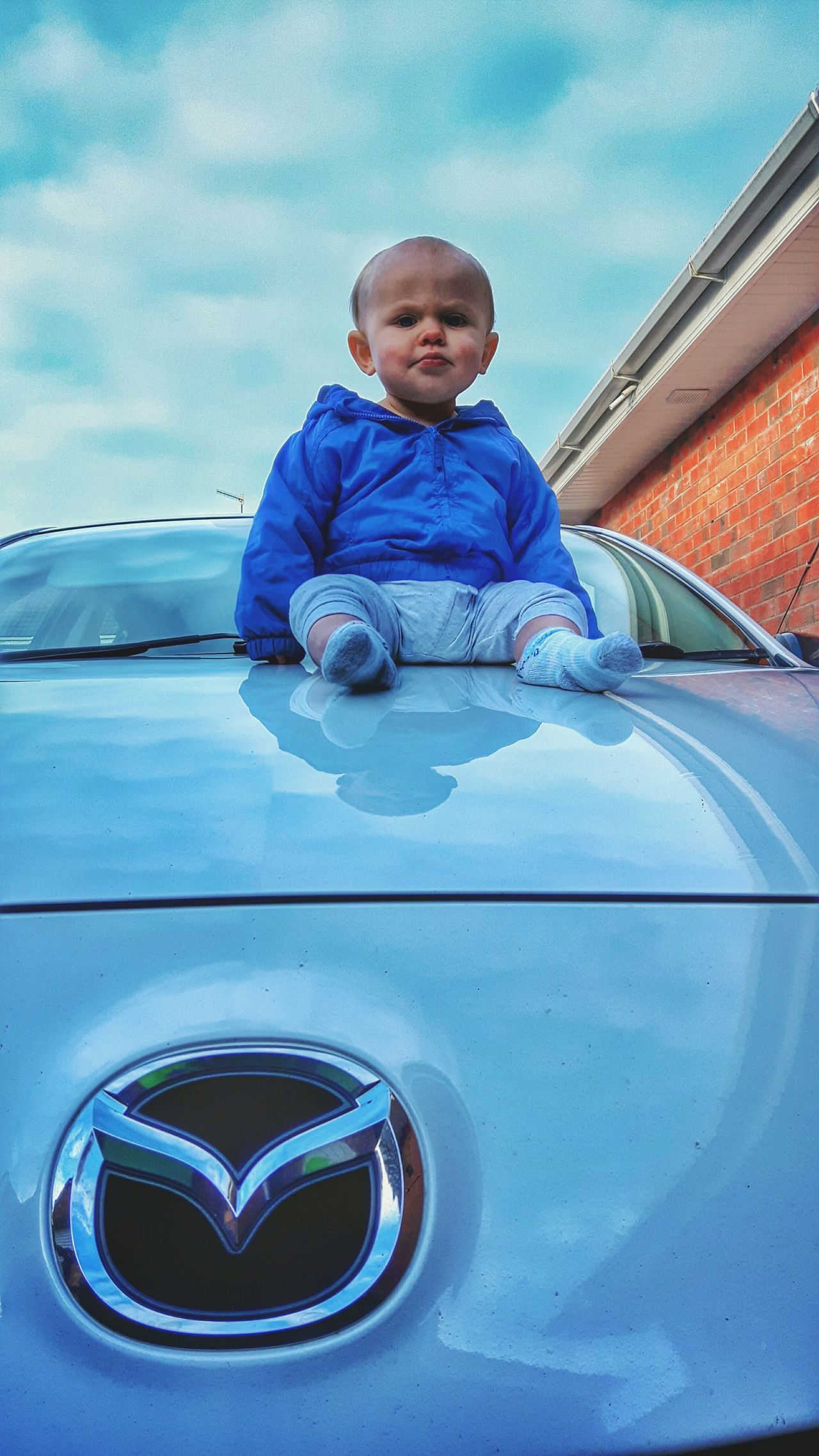 Baby Boy On Bonnet Zoom Zoom Babyboy Baby Mazda White Car White Mazda3 Baby Boy On Car Hood Baby On Car Bonnet Automobiles Zoom Zoom Babyboy EyeEm Baby Heres Looking At You Up Close Street Photography Mein Automoment