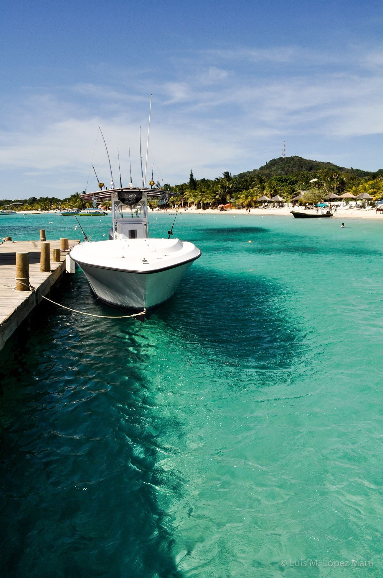 Roatan Honduras Sea Sky Blue Beauty In Nature Color Colorful Traveling Travel Travel Destinations Travel Photography Beach Beachphotography Island Tranquility Tranquil Scene