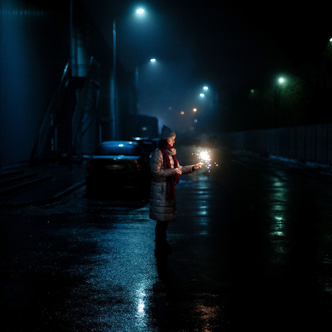 Standing Astronomy Foggy Weather Illuminated Night One Woman Only Streetphoto Road Light Street Light Streetphotography People Real People Foggy weather Fog Fireworks Sky Outdoors