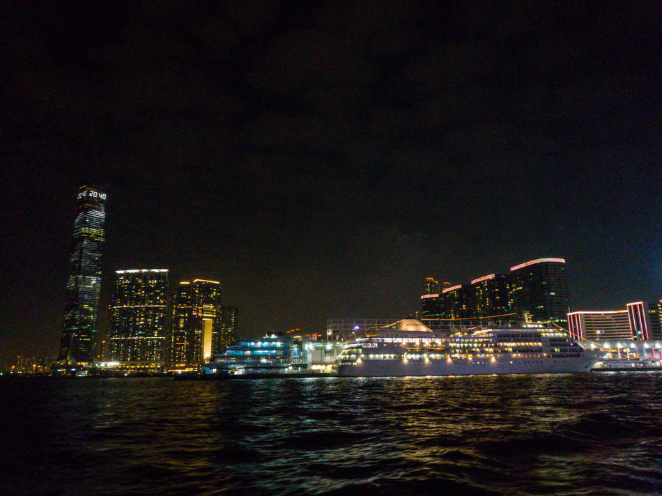 Throwback Night Water City No People Outdoors Sky Rich Travel HongKong Light Chill Out Thaipeople Thorwback City Life River Tourism Silence Beauty In Nature Silence Of The Night EyeEmNewHere Break The Mold