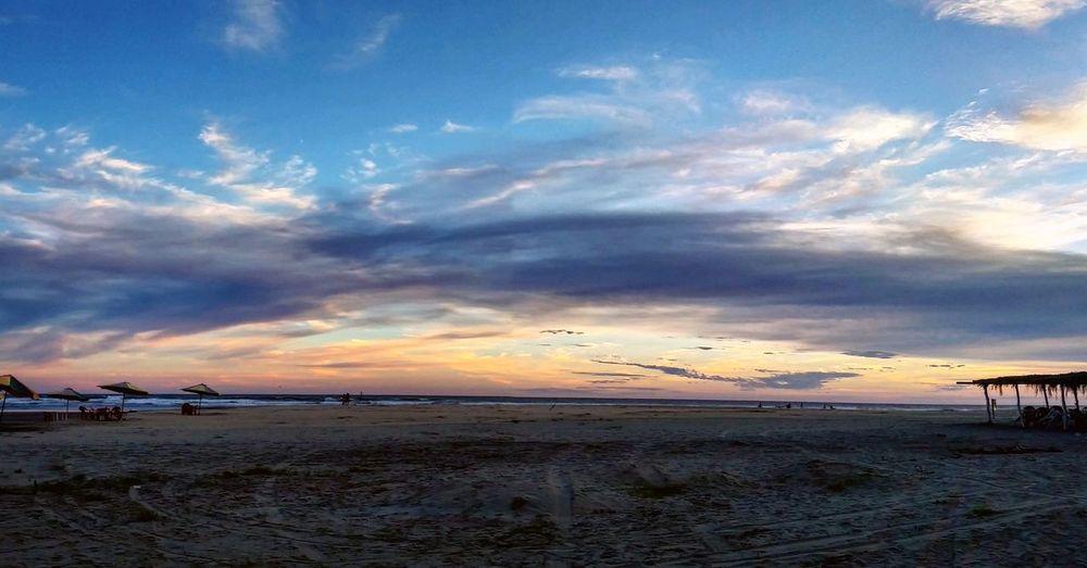 Nicol Luna. Photos Collection Sun Playa Jardin Photography Michoacan, México Puesta De Sol Playas Nubes Y Cielo Nature Photography Arena Y Sol Ocean
