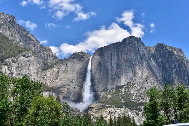 Waterfall Scenics Nature Beauty In Nature Water Tranquil Scene Motion Idyllic Sky Non-urban Scene Outdoors River Low Angle View Tranquility No People Day Tree Mountain Rock - Object Power In Nature Yosemite National Park Yosemite Falls