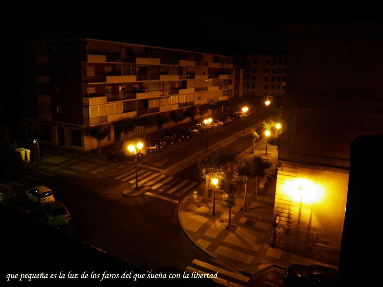 No People Architecture Cityscape Stoplight City Street City Life Transportation City Street Outdoors Car Noches🌙 Noches Nocturnal Nocturna Españoles Y Sus Fotos España🇪🇸