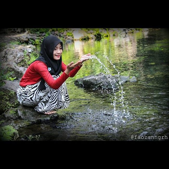 Mainan air lebih asik daripada mainan cowo 😃😄 Lokasi : Telaga Nilem, Majalengka Canon Eos600d 600D Cirebonjepret Telaganilem Majalengka Aboutcirebon Visitmajalengka 1/400 f/4.0 32.0mm 640