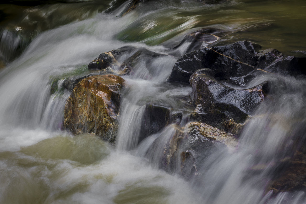 pos-producción: Luis Guillermo Martinez 50mm Beauty In Nature Blurred Motion Canon Day EyeEm Nature Lover Ibamenphoto Lightroom Long Exposure Motion Nature No People Outdoors River Scenics Water Waterfall