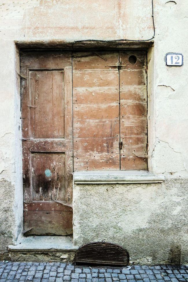 Old door in Sassello Doorporn Doors Lover Taking Photos EyeEm Best Shots Open Edit Eye4photography  Fresh 3 Beauty Of Decay Streetphotography