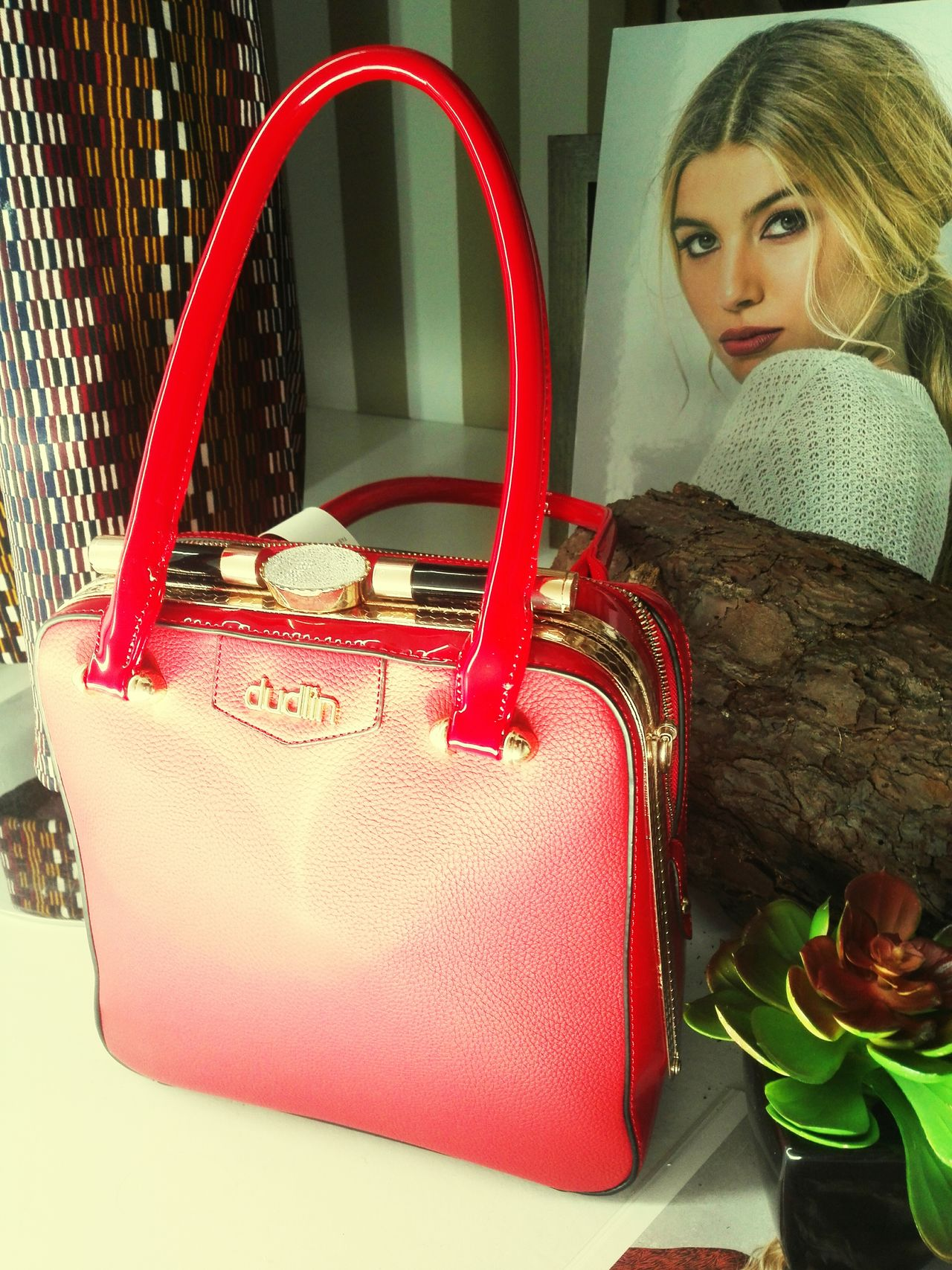Irresistable Red Female Fashion Lovelovelove Bagscollections