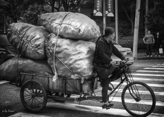 Urbanexploration Urbanphotography EyeEm Best Edits Eye4photography  EyeEm Best Shots Traveling Travel Photography China Shanghai City Streetphotography BW Transcience BW_photography Bw_collection City Street
