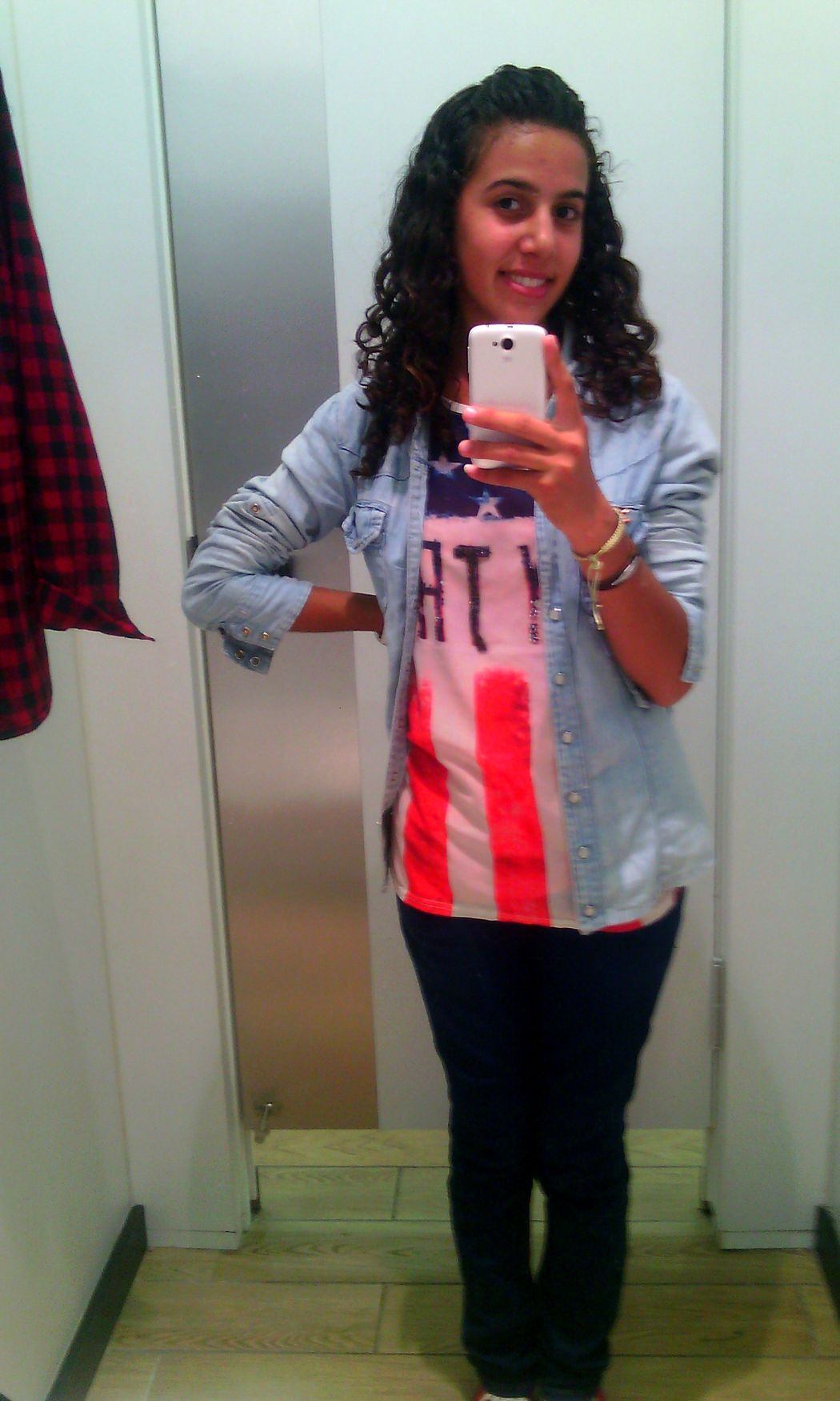 Shopping Me#cute#ooftd That's Me Just Smile