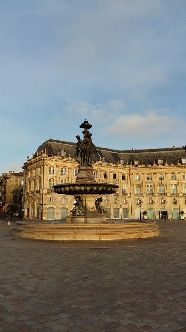 Bordeaux Place De La Bourse Morning Sky Old Town Famous Place Façade Monument Building Exterior Architecture Fountain Battle Of The Cities